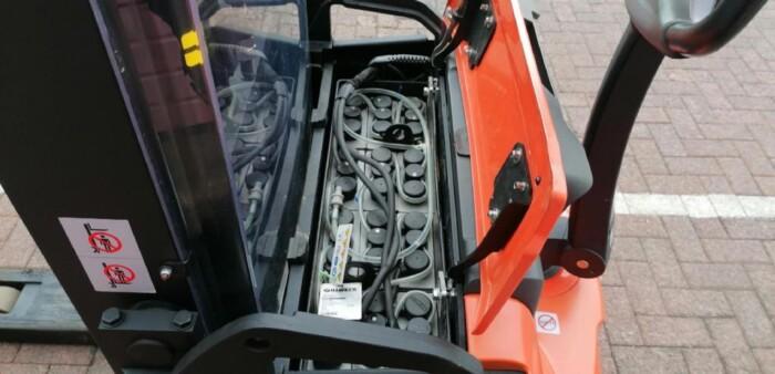 Toyota-Gabelstapler-212 002034 8