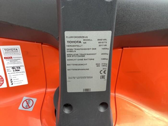 Toyota-Gabelstapler-212 002108 7