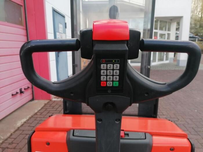 Toyota-Gabelstapler-212 002258 8