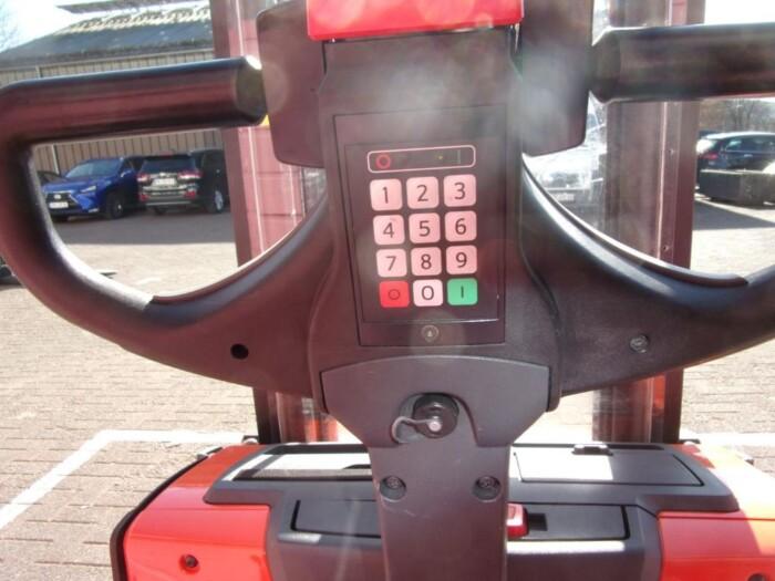 Toyota-Gabelstapler-212 002558 6