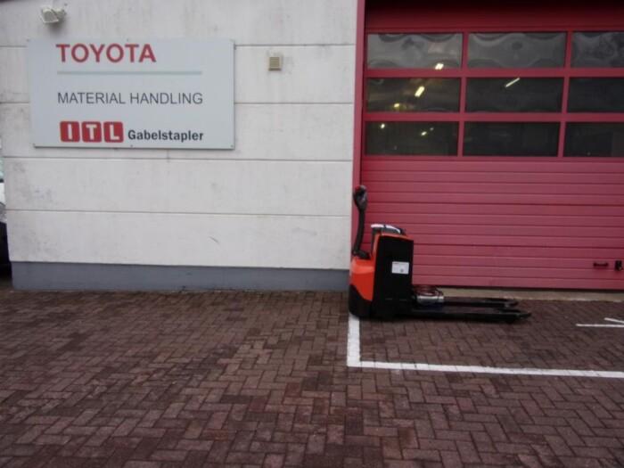 Toyota-Gabelstapler-212 005194 4