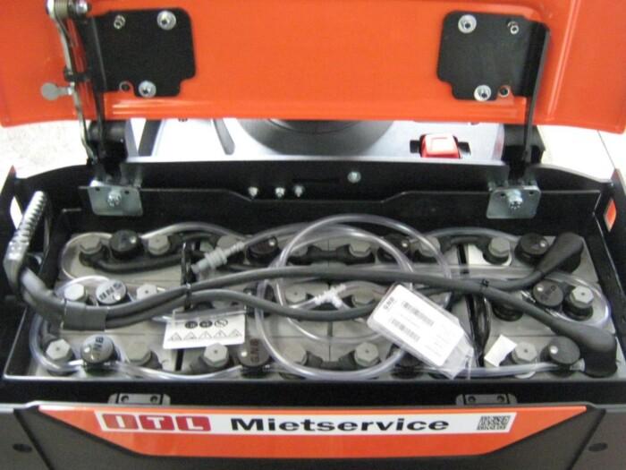 Toyota-Gabelstapler-212 005878 5