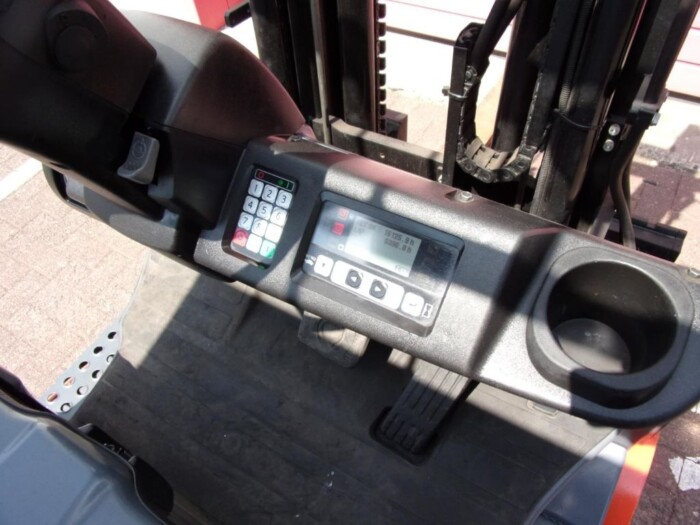 Toyota-Gabelstapler-212 013244 9