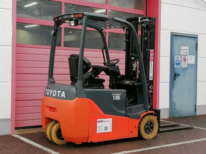 Toyota-Gabelstapler-212 013372 5