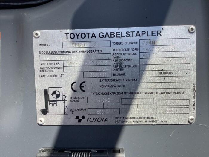 Toyota-Gabelstapler-212 013452 6