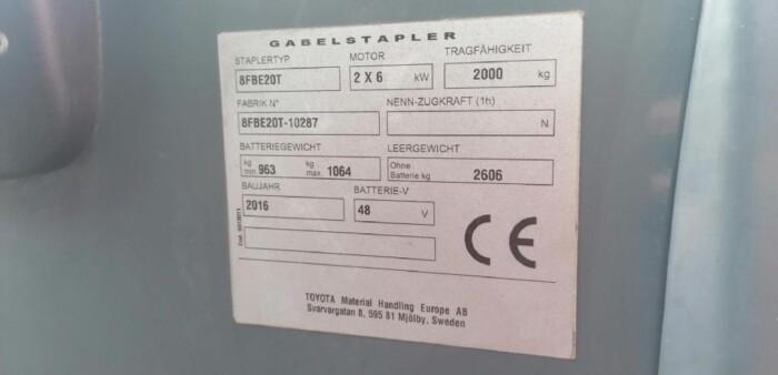 Toyota-Gabelstapler-212 013528 8