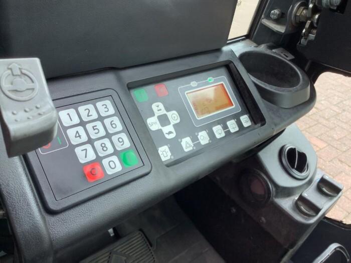 Toyota-Gabelstapler-212 019821 7