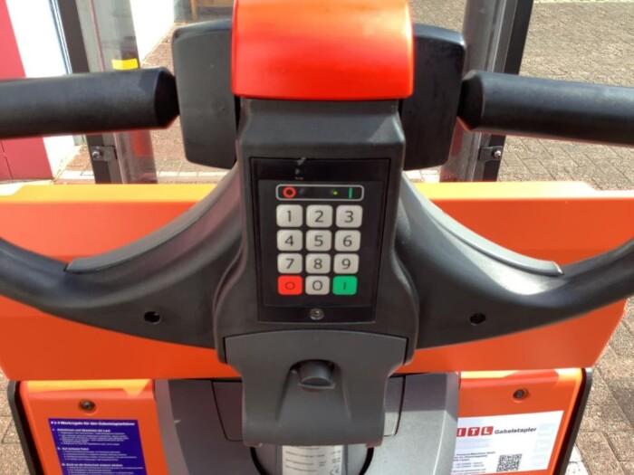 Toyota-Gabelstapler-212 020034 8