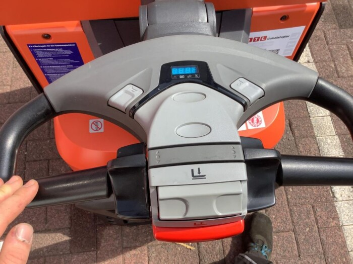 Toyota-Gabelstapler-212 020034 9