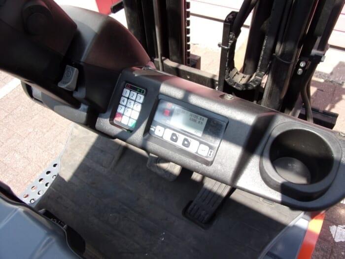 Toyota-Gabelstapler-212 14826 9 15 scaled