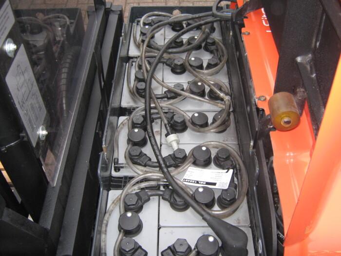 Toyota-Gabelstapler-212 16486 8 4