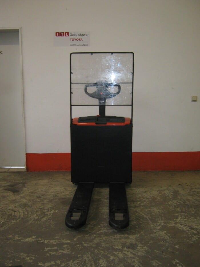 Toyota-Gabelstapler-212 16896 6 14 rotated