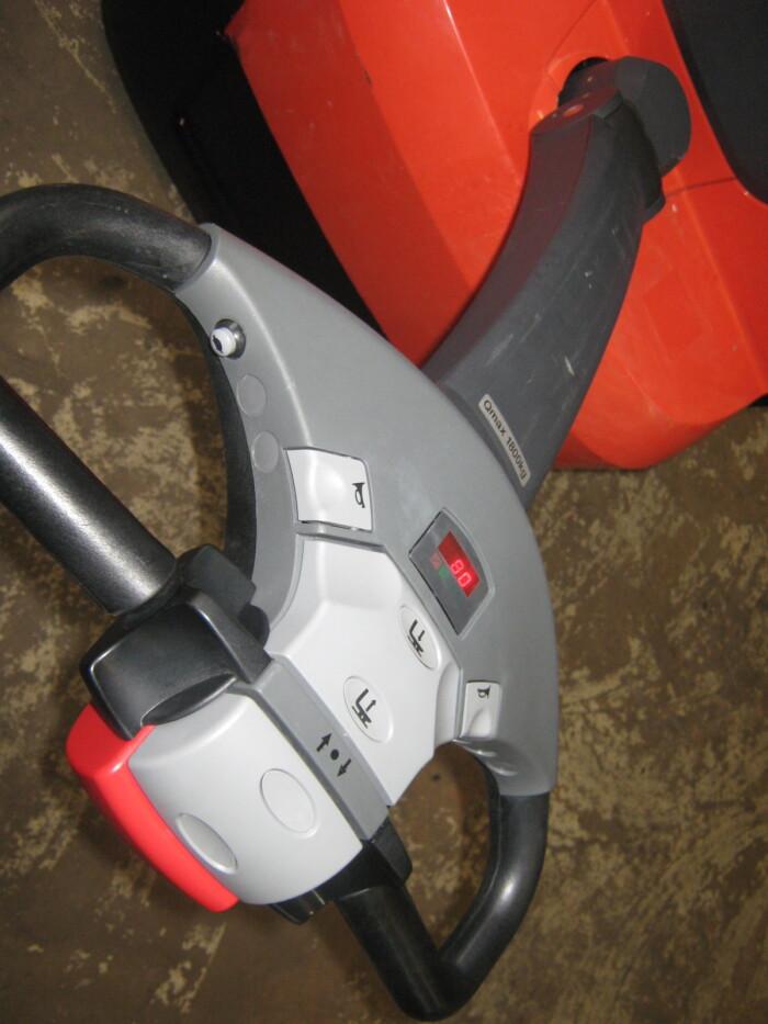 Toyota-Gabelstapler-212 16896 8 17 rotated
