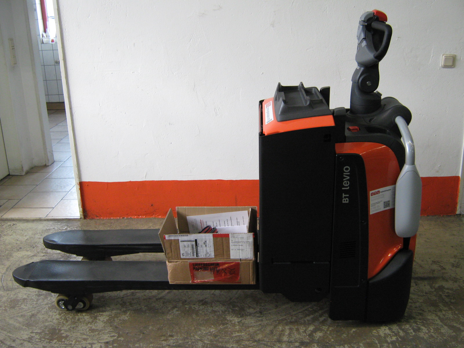 Toyota-Gabelstapler-212 17558 1