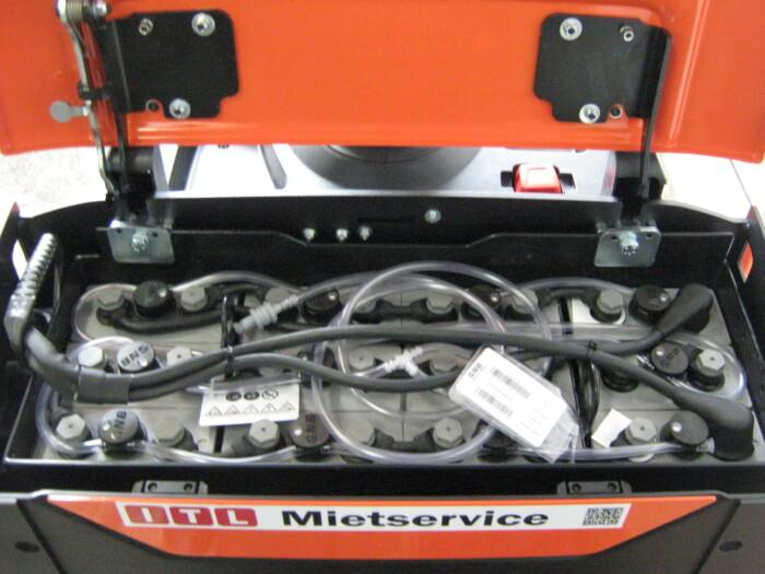 Toyota-Gabelstapler-212 17558 7