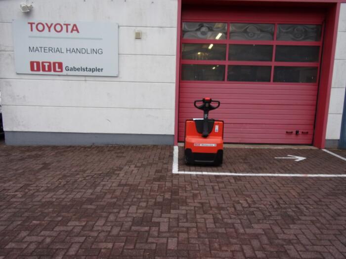 Toyota-Gabelstapler-212 17985 3 2 scaled