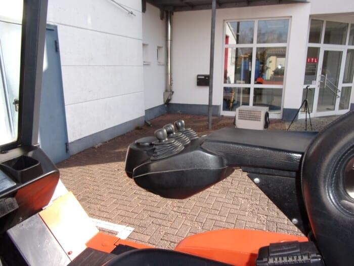 Toyota-Gabelstapler-212 18423 6 2 scaled