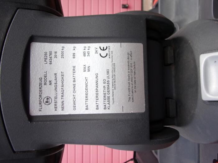 Toyota-Gabelstapler-212 18790 9 scaled