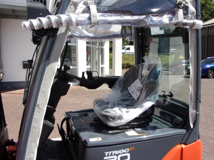 Toyota-Gabelstapler-212 20048 5 2 scaled