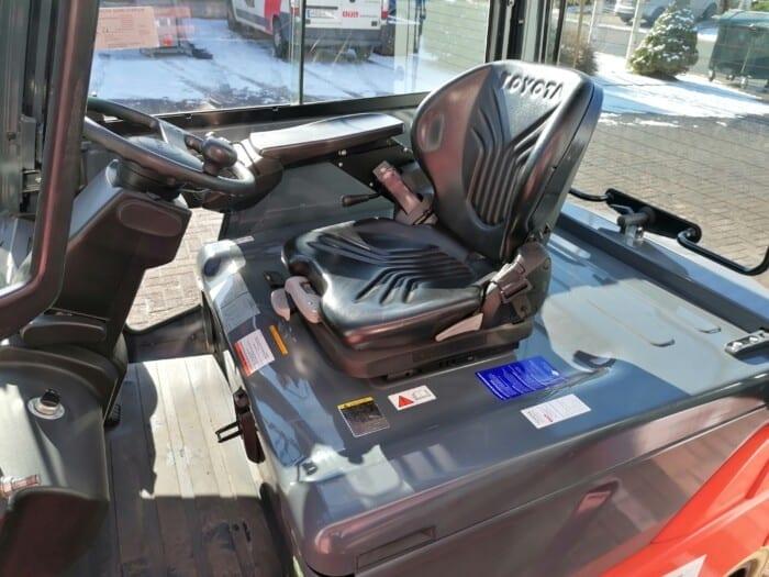 Toyota-Gabelstapler-212 21091 9 scaled