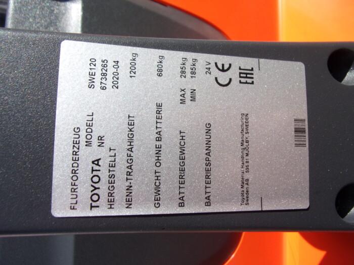 Toyota-Gabelstapler-212 21244 8 18 scaled