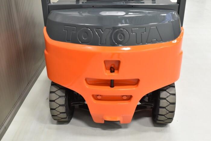 Toyota-Gabelstapler-212 21350 9 2