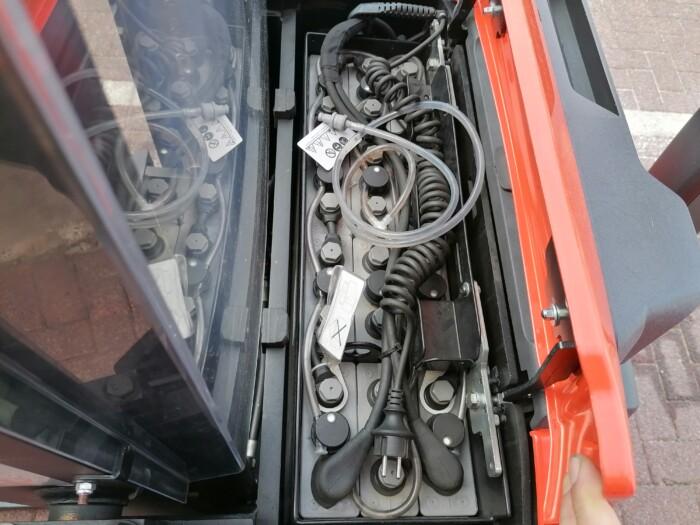 Toyota-Gabelstapler-212 21565 9 scaled