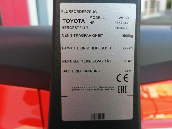 Toyota-Gabelstapler-212 21704 7 scaled