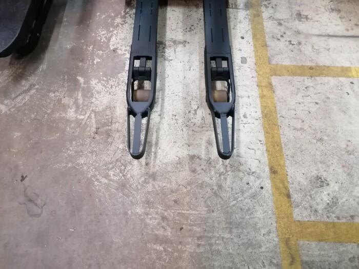 Toyota-Gabelstapler-212 22143 11 1 scaled