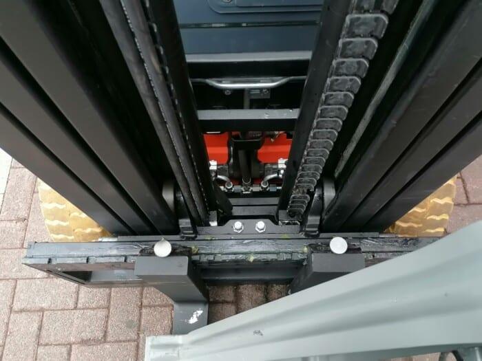Toyota-Gabelstapler-212 22159 6 scaled