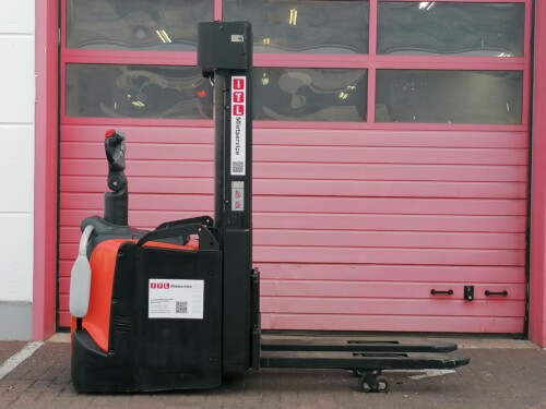 Toyota-Gabelstapler-212 22279 1