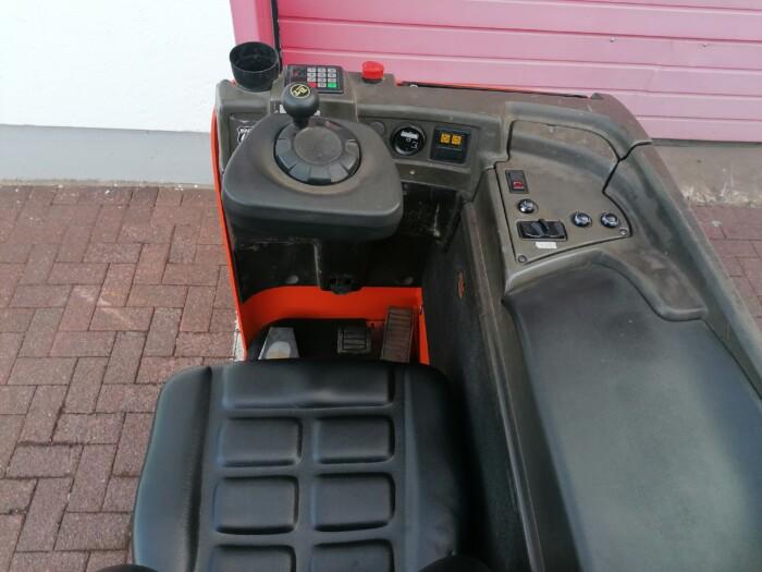Toyota-Gabelstapler-212 22447 5 1 scaled