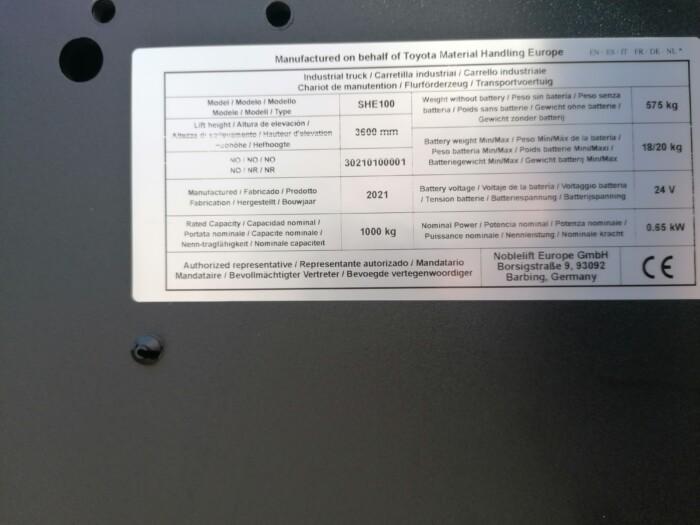 Toyota-Gabelstapler-212 22483 9 4 scaled