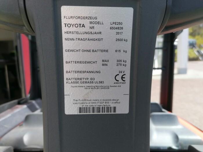 Toyota-Gabelstapler-212 22518 8