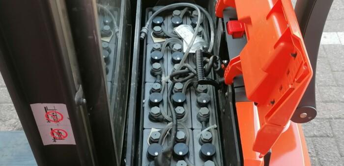 Toyota-Gabelstapler-212 22588 8