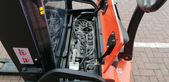 Toyota-Gabelstapler-212 22607 8