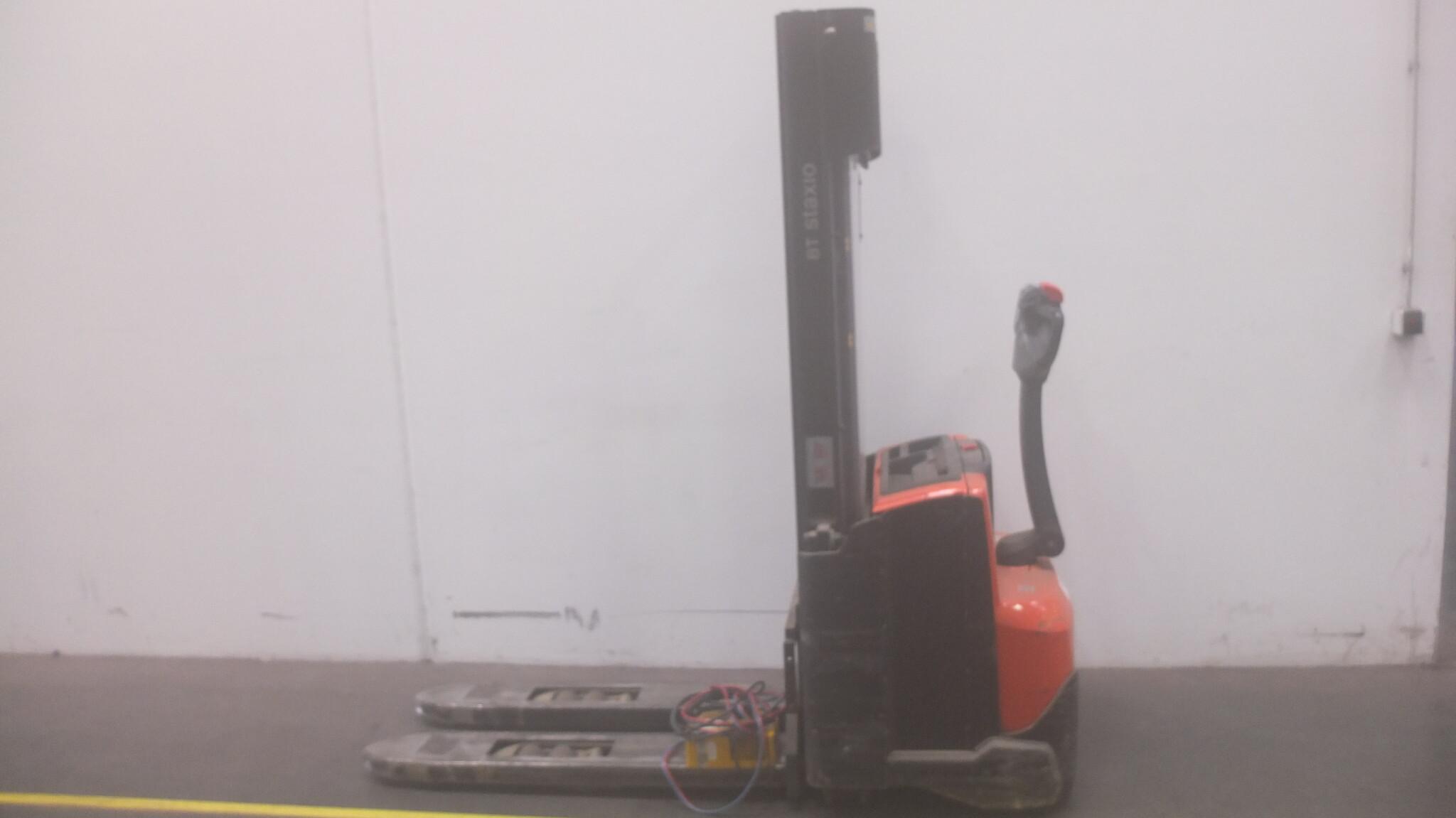 Toyota-Gabelstapler-59840 1502016731 1 scaled