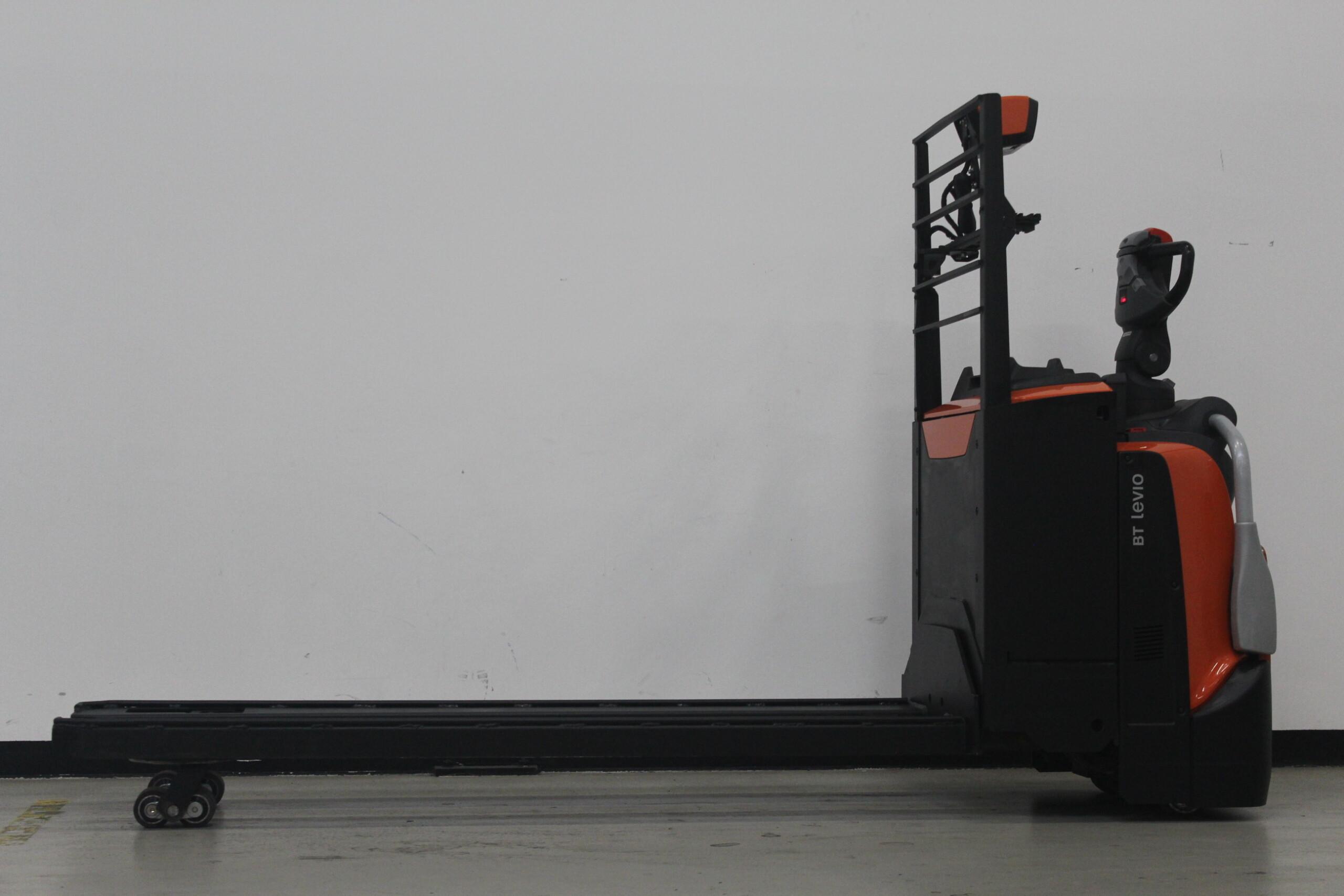 Toyota-Gabelstapler-59840 1503026853 1 27 scaled