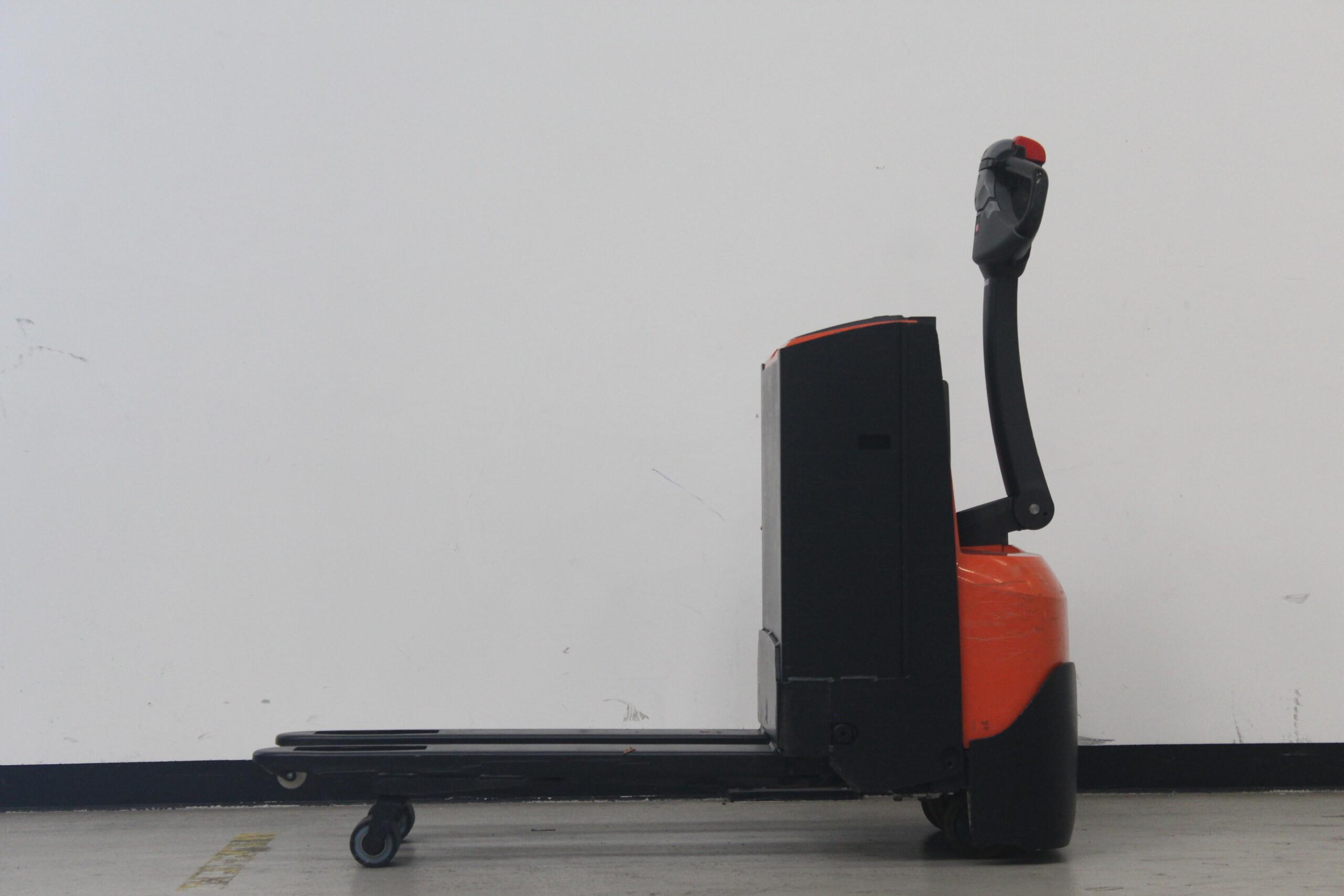 Toyota-Gabelstapler-59840 1509011927 1 8 scaled