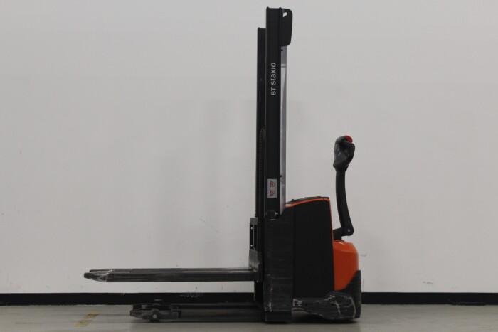 Toyota-Gabelstapler-59840 1509032813 1 78 scaled
