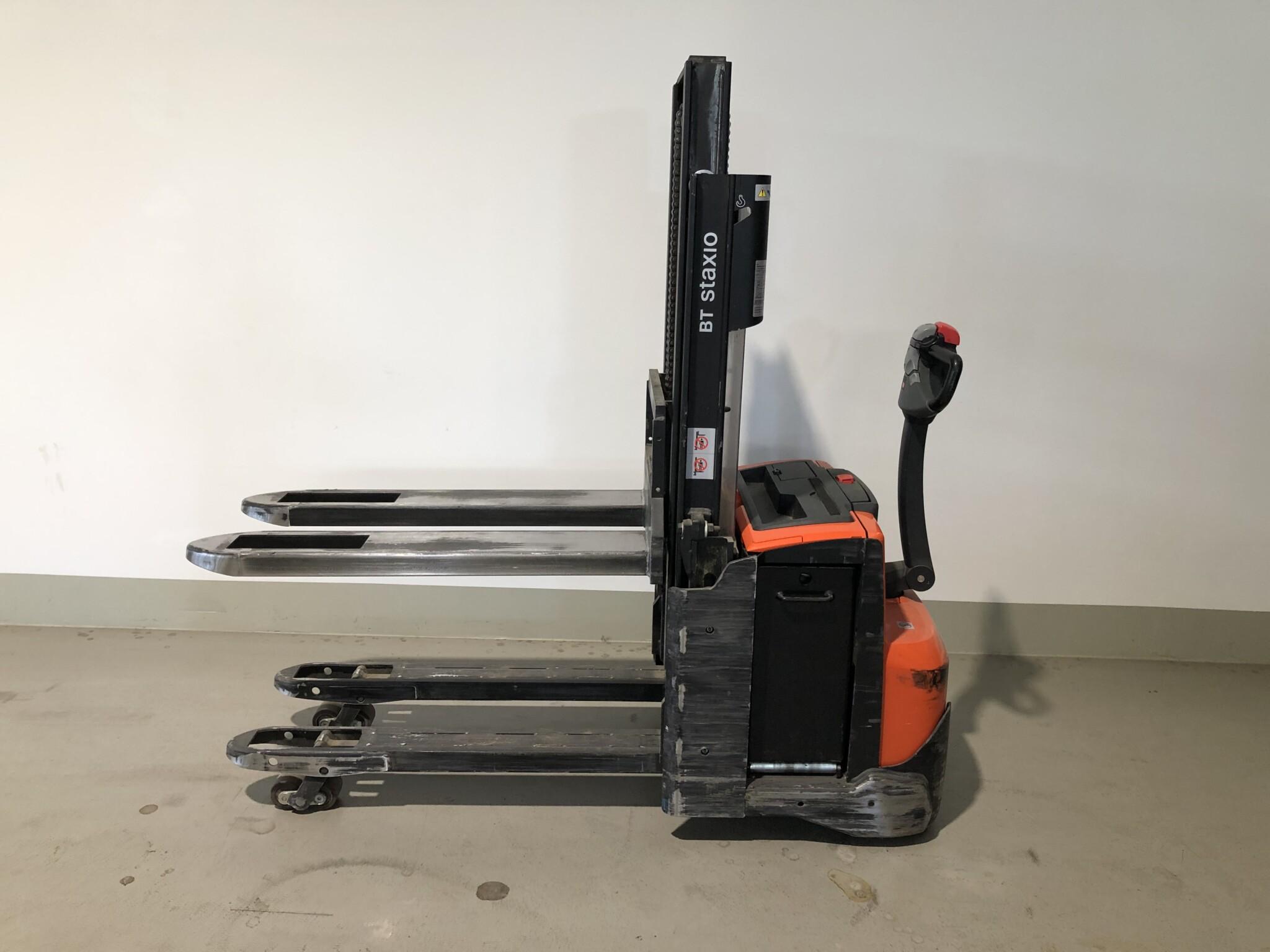 Toyota-Gabelstapler-59840 1509032872 1 scaled
