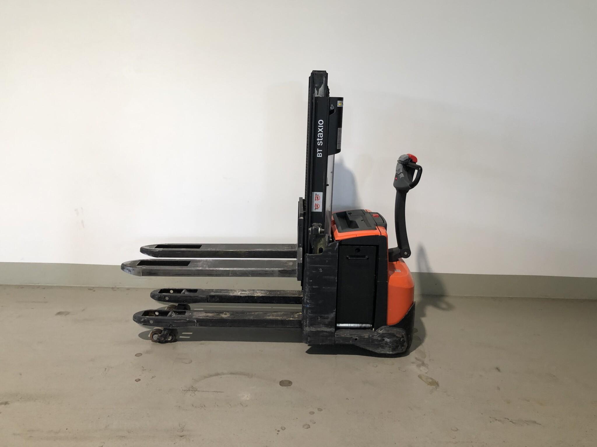 Toyota-Gabelstapler-59840 1509032882 1 scaled