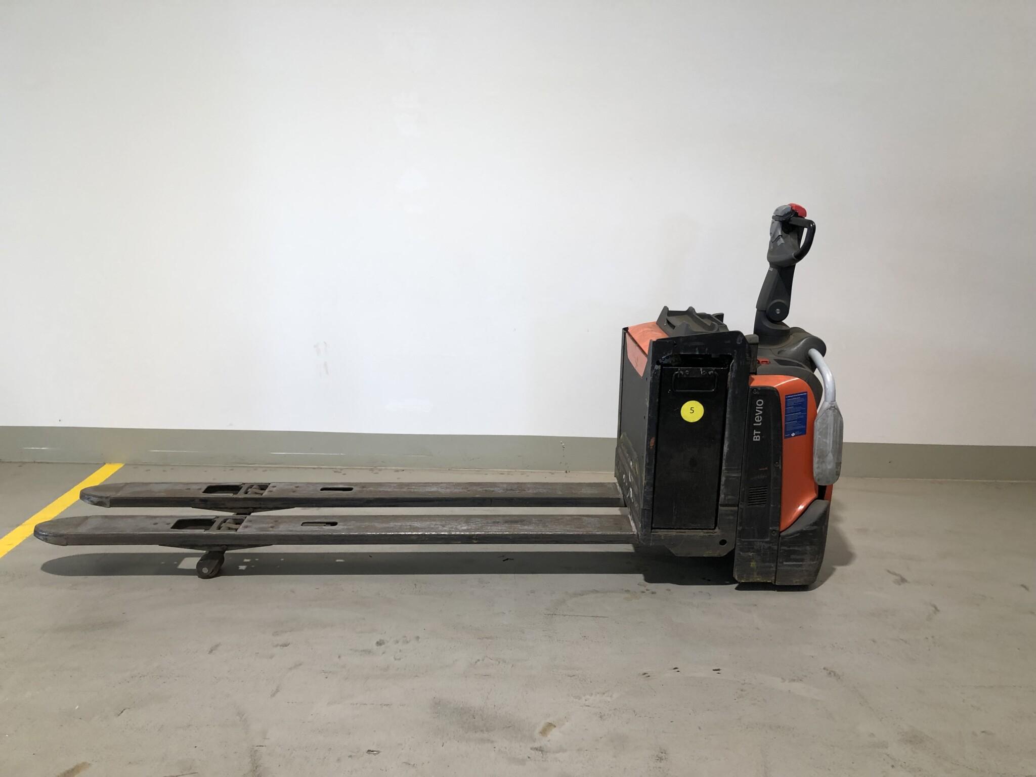 Toyota-Gabelstapler-59840 1512008129 1 scaled