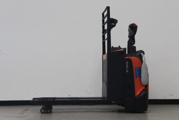 Toyota-Gabelstapler-59840 1512017869 1 scaled