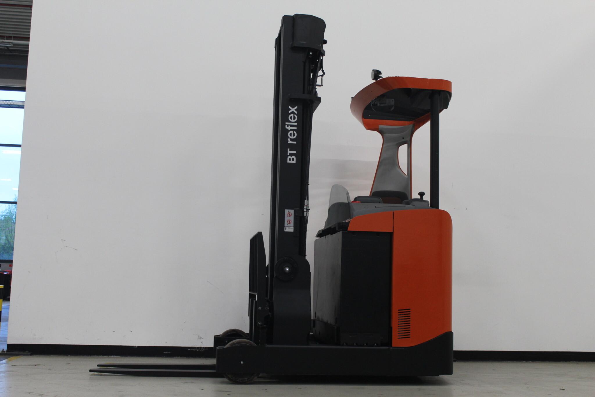 Toyota-Gabelstapler-59840 1601019093 1 scaled