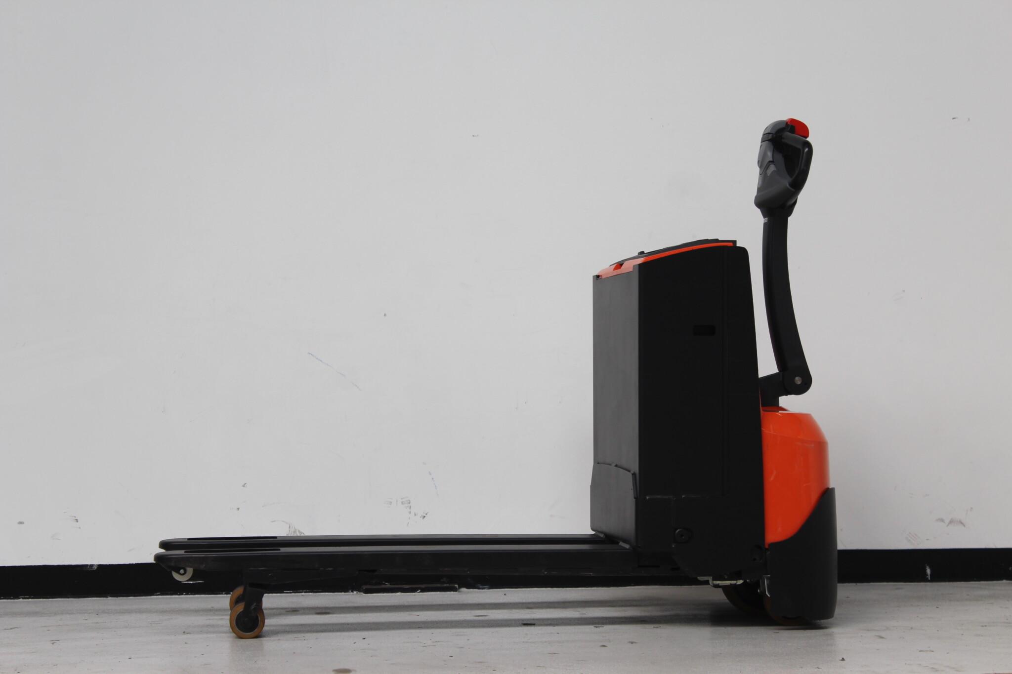 Toyota-Gabelstapler-59840 1604020344 1 scaled