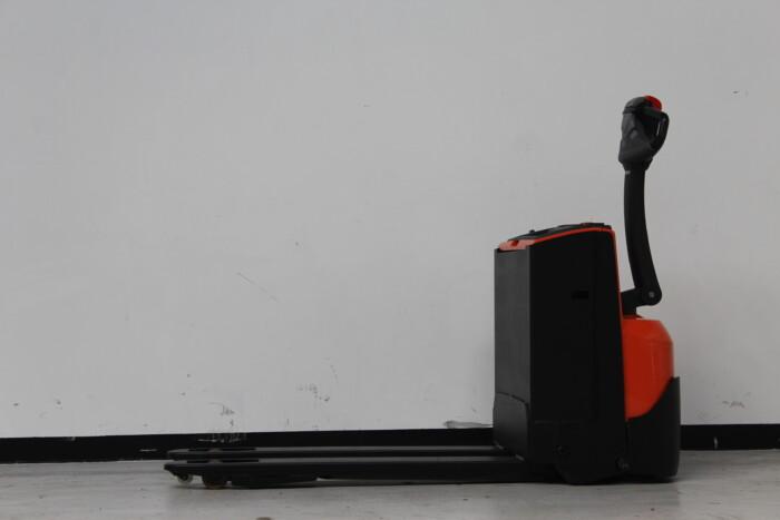Toyota-Gabelstapler-59840 1604020349 1 scaled