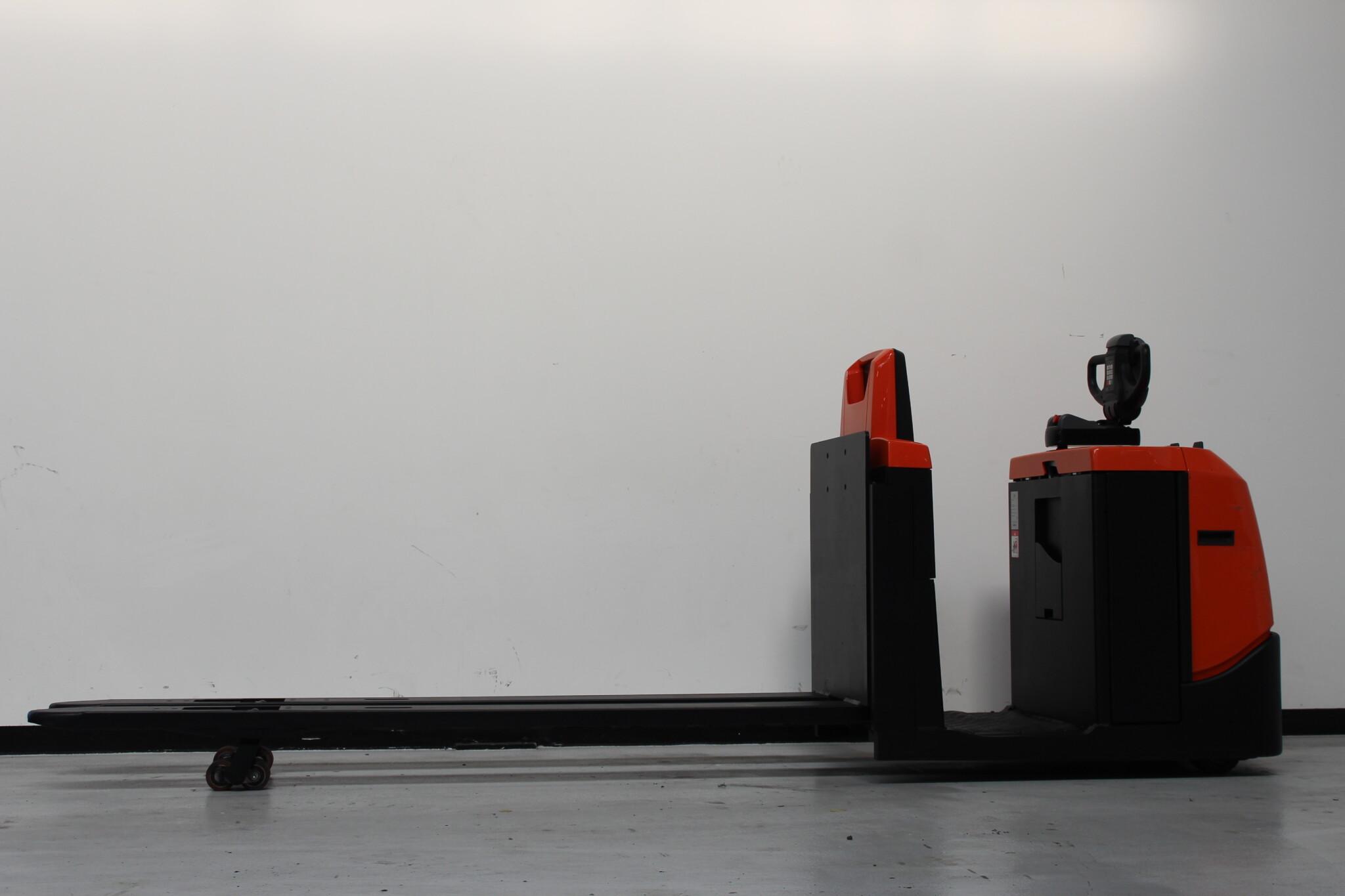 Toyota-Gabelstapler-59840 1605018708 1 scaled