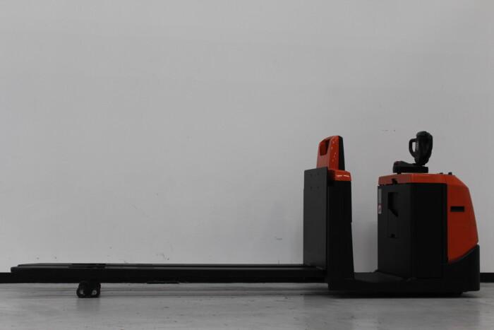 Toyota-Gabelstapler-59840 1605018721 1 scaled