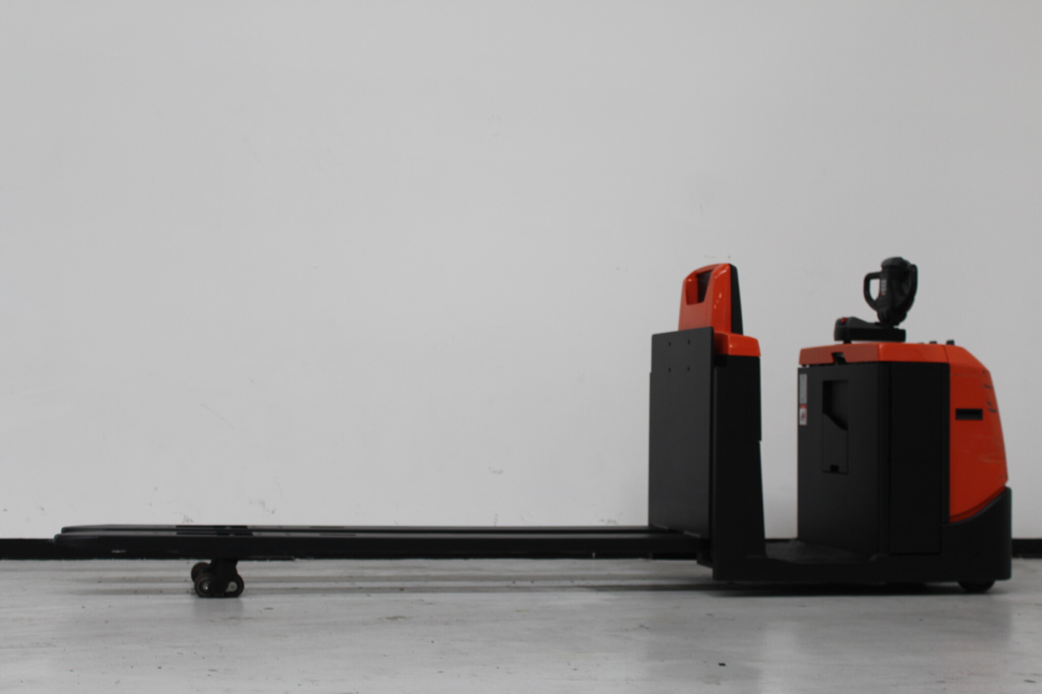 Toyota-Gabelstapler-59840 1605018766 1 scaled